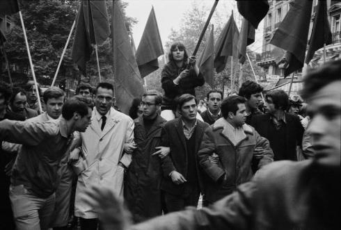 """Dicen a partir de la revolución francesa de 1968, nació una nueva corriente de """"izquierda"""" - los progresistas."""