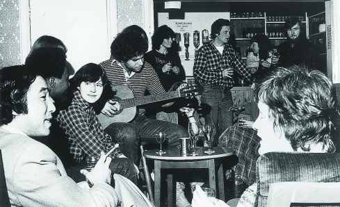 Estudiantes de la universidad de Cambridge, 1977